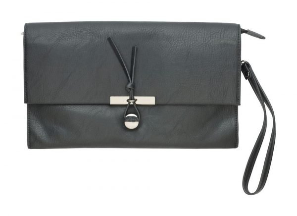 Gia_Clutch_purse_black